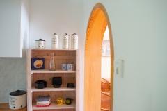 Keukendoorgang naar de woonkamer